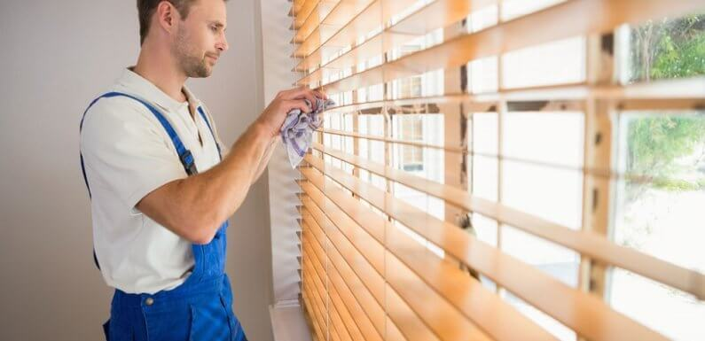 Tips for Cleaning Blinds in Home