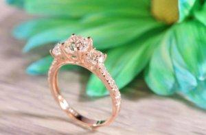 Three-Stone-Rings