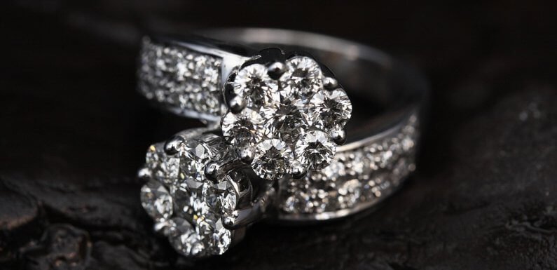 3 Considerations for Buying a Diamond Engagement Ring