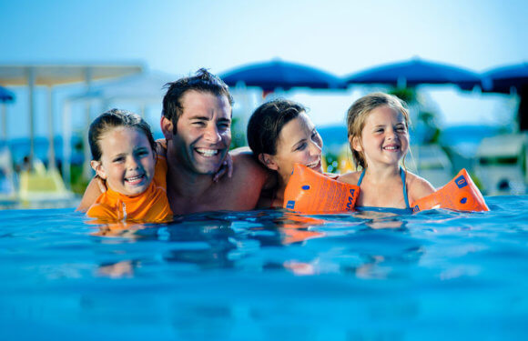 7 Tips to Follow When Looking for Family-Friendly Hotel