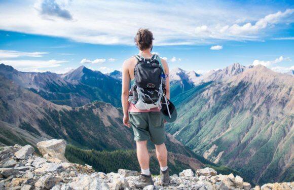 Hiking Wanderlust: 6 of World's Most Breathtaking Hiking Trails