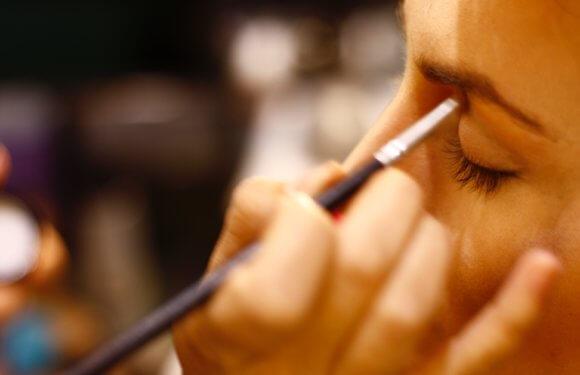 6 Perks Of Attending A Makeup Academy For Aspiring Makeup Artists