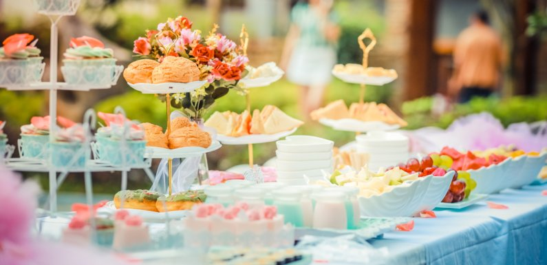 Ideas for Wedding Food Stations