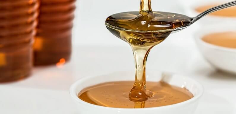 5 Ways Honey Improves Your Health and Metabolism